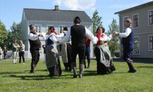 Foto på dansen vikivaki