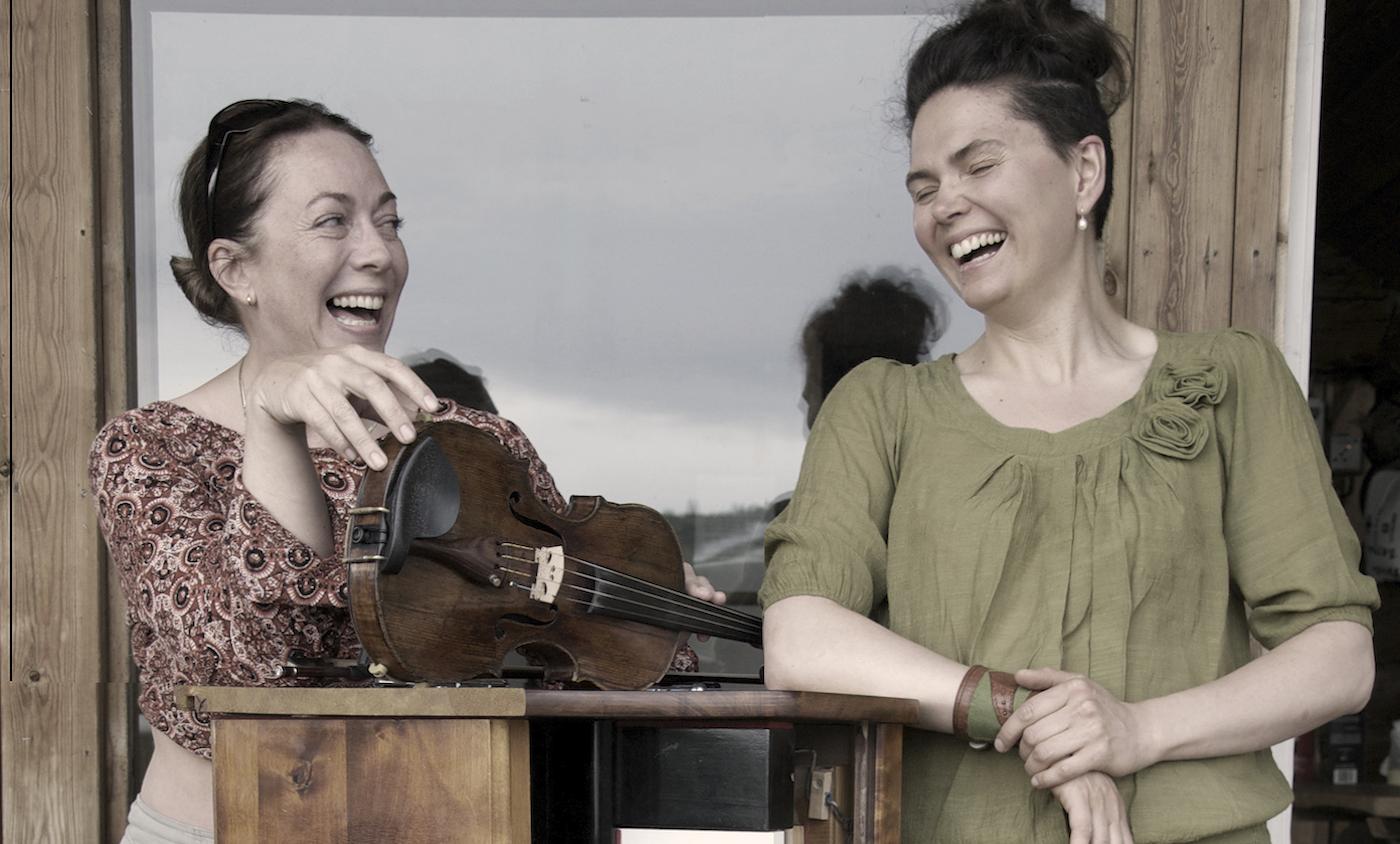 Thuva Härdelin & Kristina Bergström