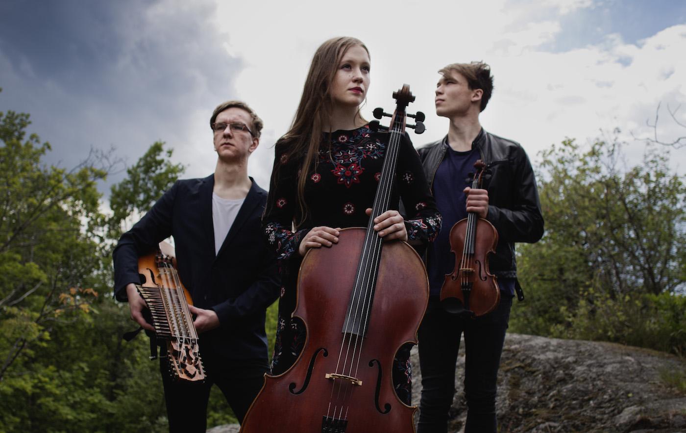 Foto På Trio Törn