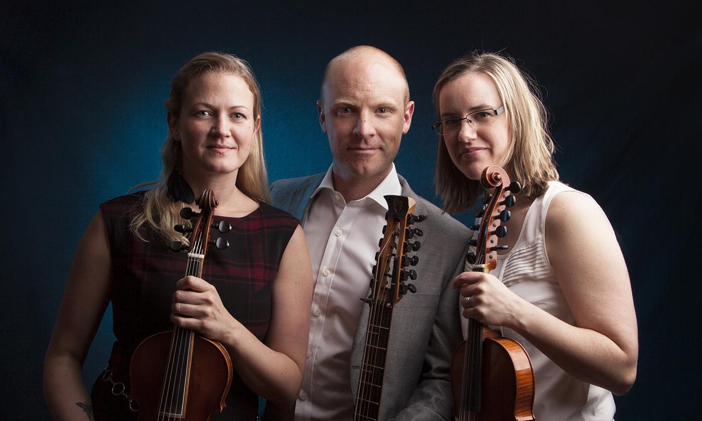 Förnatta: MP3, Ale Carr & Jularbo String Band